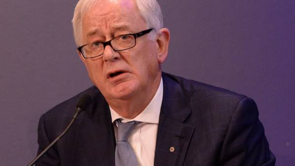 Trade relations with China has 'gone to custard' – Robb